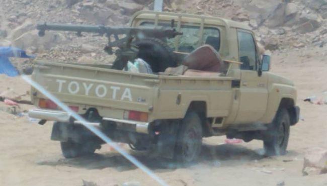 أنباء عدن | عاجل : وصول تعزيزات كبيرة للجيش بينها دبابات الى أبين