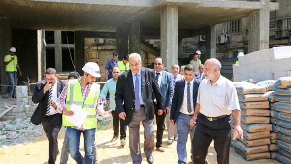 نقيب المحامين يتفقد أعمال بناء مبنى النقابة الجديد بشارع رمسيس (صور)