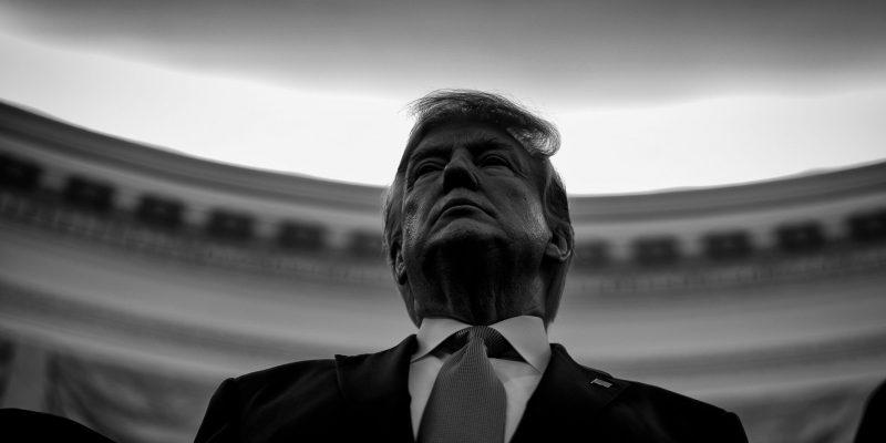 """جريدة الرؤية العمانية - """"نيويورك تايمز"""": 8 تهم في """"مساءلة ترامب"""" يستحقها عن جدارة"""